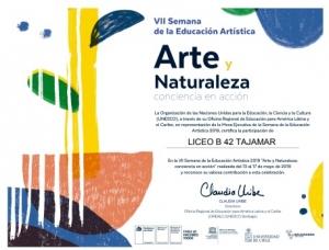 Liceo con educación Artística.